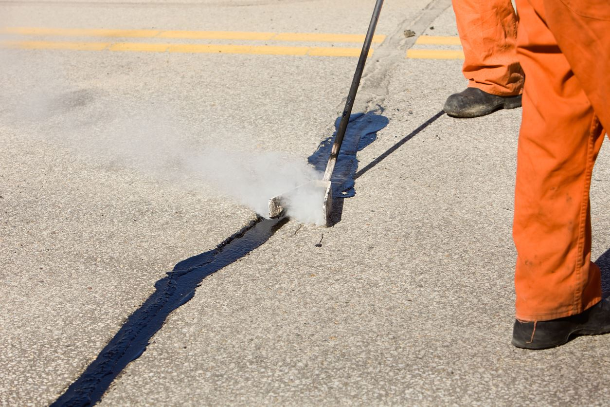 Asphalt Crack Sealing